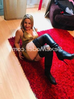 Maellyss massage sexe escorte girl