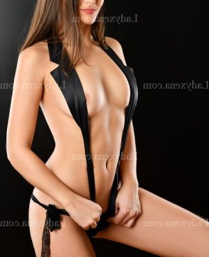 Jenny-lee escort girl massage naturiste à Trith-Saint-Léger